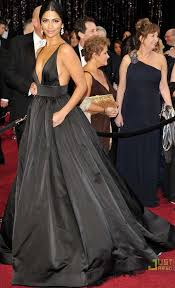 camila alves 2011 oscar black v neck formal dress red carpet ball