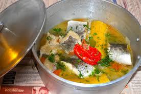 recette de cuisine avec du poisson pépé soupe au deux poissons mets cuisines