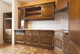 peindre les meubles de cuisine peindre meuble cuisine sans poncer peinture pour en ce