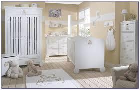 chambre bébé blanc chambre bebe blanc beige chambre idées de décoration de maison
