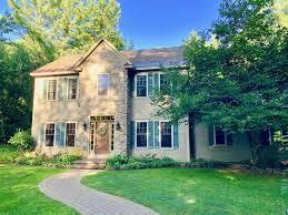 100 Saratoga Houses 12 Bluebird Ct Springs NY