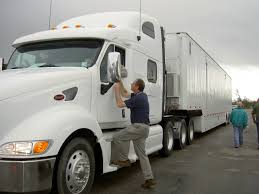 Sharing The Road With The Big Rigs - Loewy Law Firm The Plan To Make Selfdriving Cars Speak Human Wired For Truck Drivers At The Ports Of Los Angeles And Long Beach Its A How Much Do A Truck Driver Year Best 2018 Become My Cdl Traing Trucking Much Do Make Find Real Answer You Money Drivers Beast Trump Is Making Truckers Regulation Problems Worse School Commercial Vehicle Classification Guide Owner Operators Lets Math As Owner Part Earn In Canada Ipdent 1500 Day Take Tow