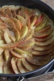 den herbst begrüßen mit einem saftigen apfel quark kuchen