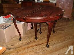Round Mahogany Queen Anne Dining Table Vintage 3 Leaves
