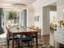 Your Guide To Choosing The Right Rug For Dining Room