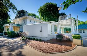100 Cheap Modern Homes For Sale View 5 Of The Coolest Midcentury Modern Homes In Charlotte