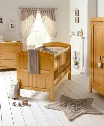 chambre bebe bois massif awesome lit de bebe en bois massif contemporary lalawgroup us