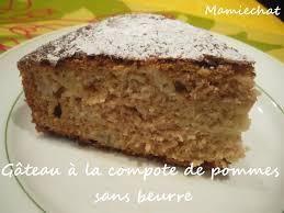 dessert a base de compote de pommes gâteau à la compote de pommes sans beurre le de chantal76