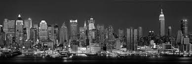 panorama ouest de new york vu de nuit en noir et blanc new york