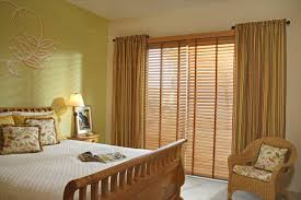 Living Room Curtain Ideas Brown Furniture by Living Room Brown Wooden Blinds Wonderful Bedroom Design