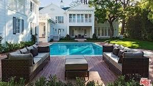 la mythique villa du prince de bel air est à vendre