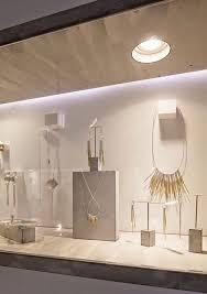 Best Jewelry Displays For Minimalist