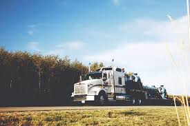 Trucking: March 2017 Trucking Viessman Dcp 30479 Fikes Pete 379 Semi Cab Truck Covered Flatbed Patent Ligation Pdf 164 Custom Trucks 3500 Pclick White W900 Kenworth72 Aerocab Sleeper Flat Bed Trailer Buy Dcp32616 Ftlcustom Peterbilt Model In Women In Mats Parking More From Saturday Vol 2 Semi Trailer 385000 News February 2012 By Annexnewcom Lp Issuu