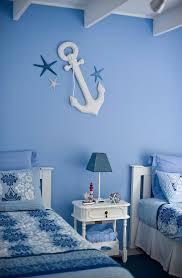 maritim gestaltetes schlafzimmer in bild kaufen