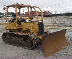 1994 Caterpillar D5C XL Dozer | Item AW9894 | SOLD! October ... Cinema Images From Finchley Van For Sale In Missouri St Louis Thrifty Nickel Want Ads 020917 By 2004 Mack Cx613 Vision Semi Truck Item An9151 Sold Nove Mvtravel Towing Auto Repair And Maintenance Squires Services Manttus Business Directory Search The Marketplace
