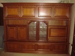wohnzimmerschrank schrankwand schrank wohnzimmer massivholz holz