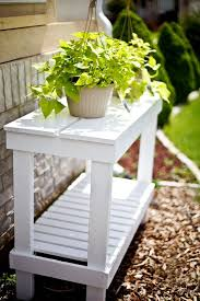 Outdoor Patio Plant Stands by Best 25 Diy Plant Stand Ideas On Pinterest Diy Planter Stand