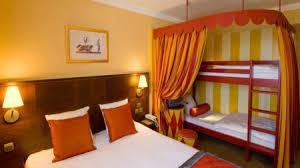 chambre disneyland découvrez les hôtels partenaires de disneyland
