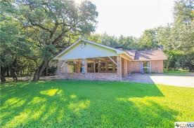The Shed Salado Tx by 1611 Guess Dr Salado Tx 76571 Mls 326708 Redfin