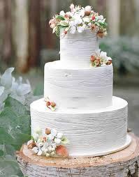 Charming Rustic Wedding Cake