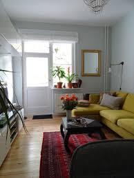 kleines wohnzimmer mit eckcouch und viel stauraum w