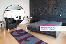 stockfoto zankl interieur schlafzimmer mit großem rund