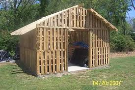 building a wood shed from recycled wooden pallets building with