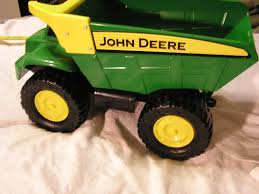 Find More Sold - Ppu - Big Boy Toy - Ertl John Deere Dump Truck For ... John Deere Dump Truck Wiring Diagrams Amazoncom Tonka Toughest Mighty Toys Games Kid Concepts 38cm Big Scoop Excavator Shop For Toys Instore And Online 21 Ertl Inch Steel Tbek350 Bed Pre 53cm Catchcomau Walmartcom Monster Treads Shake Sounds Trucks Trains Semis Theisens Home Auto Ertl Farm 116 Peterbilt 367 Straight Online Kg Electronic Toy Best Deer Photos Waterallianceorg