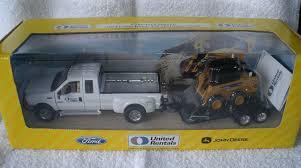100 United Truck Rental 2004 Collectors Series S Ford F 350 John Deere 320