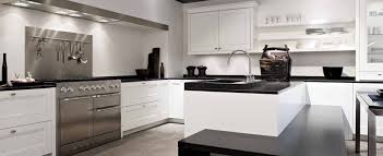 cuisines de luxe cuisine equipee de luxe cuisine luxe meuble cuisine superbes