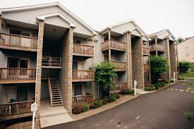 One Bedroom Apartments Morgantown Wv by Apartments For Rent In Morgantown Wv Chateau Royale Apartments