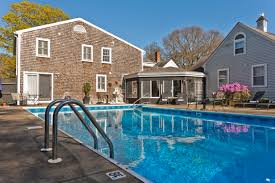 Cape Cod Bed and Breakfast Platinum Pebble Boutique Inn