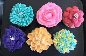 Flower Cupcake Decorating Class