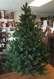 VTG MOUNTAIN KING 7 1 2 FT BOTTLE BRUSH CHRISTMAS ARTIFICIAL TREE For
