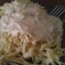 recette pate au creme fraiche pâtes sauce chignons crème fraîche oignons recette de pâtes