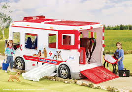 Amazon.com: Breyer Mobile Vet Clinic With Lights And Sound: Toys & Games John Deere Toys Monster Treads Pickup Hauler With Horse Trailer At Breyer Stablemates Animal Rescue Truck The Play Room 5356 Pickup And Gooseneck Ebay Giddy Up Go 701736 Dually Identify Your Accsories 132 Model By Loading Mini Whinnies Horses In Ves Car Drama At Show
