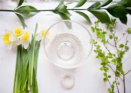 Floral Table Decoration Making Flower Arrangement