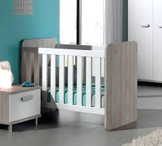 couleur pour chambre bébé chambre pour bebe lit quelle couleur pour chambre bebe mixte