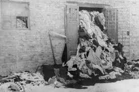 vérité sur les chambres à gaz les archives nazies d auschwitz ouvertes couloirs du