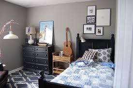 Minimalist Boy Bedroom Ideas With Dark Grey Wall Paint