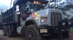 Mack Dump Truck Start Up - YouTube