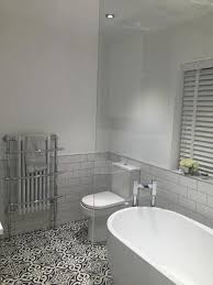 115 extraordinary small bathroom designs for small space 026