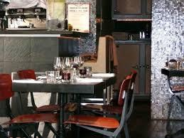 des gar輟ns dans la cuisine des gars dans la cuisine 72 rue vieille du temple 75003