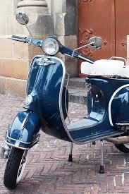 Vespa Vintage 1964 VBC Marina Blue 150 Cc Carrara