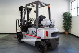 100 Ad Lift Truck Low Hour Nissan Pj02 Pneumatic Forklift Propane Video