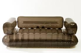 canapé gonflable chesterfield mobilier gonflable quentin en yvelines musée de la ville