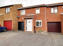 100 Bridport House Parkers Earley 3 Bedroom SSTC In Close Lower