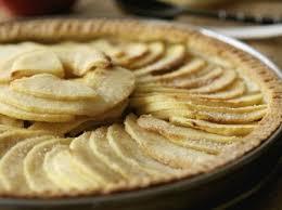 dessert aux pommes rapide tarte normande aux pommes facile recettes femme actuelle
