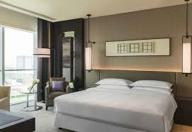 starwood opens 654 key sheraton grand hotel dubai