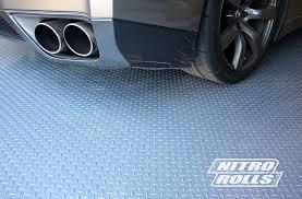 Checkerboard Vinyl Flooring For Trailers by Diamond Nitro Rolls Premium Grade Vinyl Garage Floor Rolls